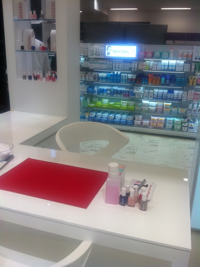 beauty bar woolworths town hall, essie nail polish, woolworths town hall, free manicures in sydney